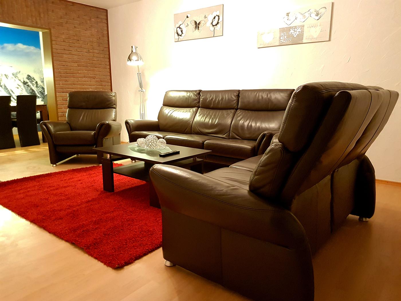 Goldapartment Wohnzimmer